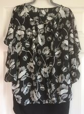 Ladies Black/White Motif with Cami Top size 18  BNWT F&F