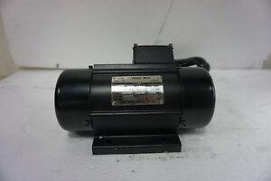 Electric Vibrating Vibrator Motor 3 Phase 415V, 1500RPM, Force 1.5KN 160Kg