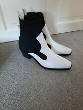 ZARA CONTRAST STRETCH HEELED ANKLE BOOTS BLACK AND WHITE  UK 6