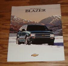 Original 1995 Chevrolet Blazer Deluxe Sales Brochure 95 Chevy