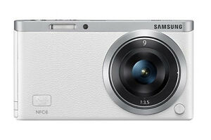 Samsung SMART CAMERA NX Mini Body with 9mm Lens KIT White /20.5MP,W-iFi,NFC NEW