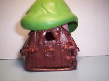Smurfs cottage Pink  with green roof brown door and windows No box SJ1058