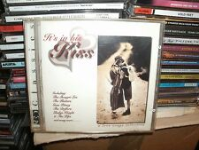 ITS IN HIS KISS,A LOVE SONGS COLLECTION,20 TRACKS