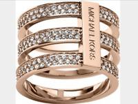 MICHAEL KORS Women's Motifs Bar Gold Ring White Crystals MKJ37807107 Size 7