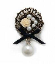 Simulated Costume Brooches & Pins