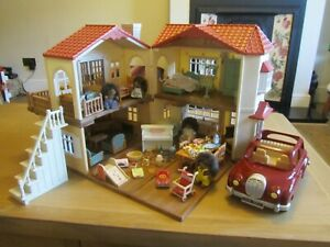 SYLVANIAN FAMILIES COUNTRY MANOR FULLY FURNISHED FIGURES ACCESSORIES