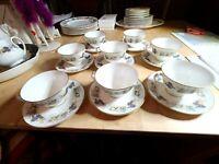 SET OF 8 ROYAL DOULTON CHINA RAVENNA FRUIT PATTERN  CUPS & SAUCERS  MINT
