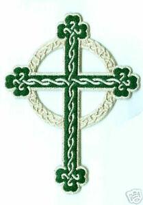Crucifix Brodé Croix de Malte Fer Thermocollant Celticc Vert Croix