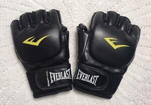 EVERLAST MMA Striking Training Gloves Black Small Medium
