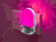Auraglow Automatic Plug In Colour Changing LED Night Light with Daylight Sensor