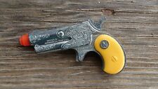 CIRCLE N Toy Cap Gun DYNA-MITE Derringer with YELLOW GRIPS