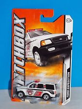 Matchbox 2012 MBX Arctic Series #73 Ford Expedition White