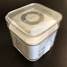 Apple iPod shuffle Silver 2GB MP3 Player - Silver