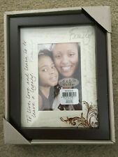 BRAND NEW FAMILY 4 X 6 WOODEN WITH SCRIPTED MAT PICTURE PHOTO FRAME