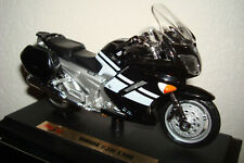 Yamaha FJR 1300 Black White (2006) Maisto 1:18