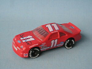 Matchbox Nascar Ford Thunderbird Bud Bill Elliott Red Race Car Toy Model 75mm UB