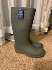Rubber boots Size 7 Chain Link Sole Waterproof, Green Boots With Brown Bottom