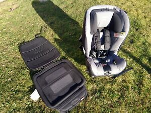 Axkid Minikid 1 Reboarder Kindersitz 9-25 kg | Unfallfrei | Neuwertig | Garantie