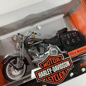 VTG Harley Davidson 95th Anniversary 1:10 Scale FLSTS Heritage Springer Model