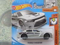 Hot Wheels 2018 #066/365 2015 DODGE CHARGER SRT silver Muscle Mania