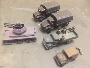 1/87 roco minitanks WW2 Trucks , Soldiers Lot