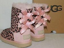 NEW TODDLER GIRLS 9 SILVER PINK UGG BAILEY BOW II EXOTIC SUEDE SHEEPSKIN BOOTS
