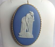 Wedgewood Blue And White Pin Or Pendant 14K Gold (J150)