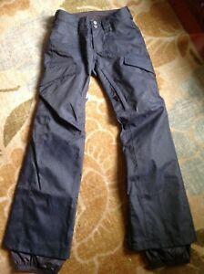 Burton Dryride Snowboard Ski insulated Pants bluE denim jeans. Slim fit. Small