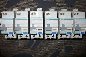 DISJONCTEUR DIFFERENTIEL BIPOLAIRE 16A 30mA HAGER ADC816F,  PC.4,5KA. 16 AMPERES
