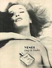 PUBLICITE ADVERTISING 024   1980   CAPUCCI  parfum coup de foudre YENDI