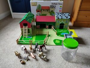 Tidlo Oldfield Wooden Toy Farm Set Plus ELC Farm Animals