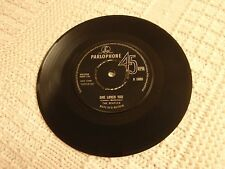 THE BEATLES  SHE LOVES YOU/I'LL GET YOU  PARLOPHONE 5055  ENGLAND