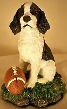 Dog Figurine ENGLISH SPRINGER SPANIEL Pup w/Football/Base Westland 2003 ADORABLE