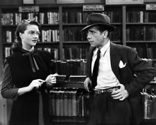 The Big Sleep Humphrey Bogart Dorothy Malone In Vintage Book Store 8x10 Photo