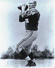 A Tittle New York Giants Black And White 8x10 Photo Picture Celebrity Print