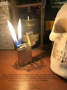 Davidoff (S.T.Dupont) Feuerzeug, silberfarben, Doppelflamme,sehr schöner Zustand
