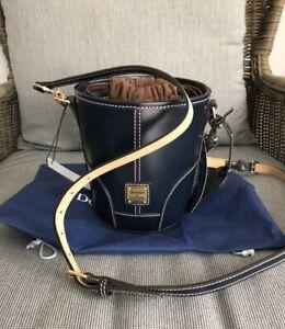 DOONEY & Bourke handbag Navy Selleria bag