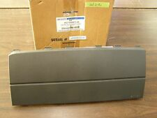 NOS OEM Ford 2005 - 2009 Mustang RH Dash Panel 8R3Z-63044A74-AA 2006 2007 2008