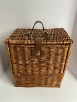 Wicker Picnic Basket for 2 With 20pcs And A Carrying Strap, W/ Under Basket!