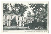 18 Postal- Bourges La Catedral Vista De Jardines DEL Hotel Ayuntamiento