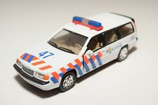 RR 1:43 HONGWELL VOLVO V70 850 ESTATE POLITIE DUTCH POLICE NEAR MINT CONDITION