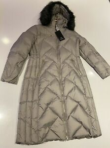 Junge Champagne Down Coat Size 40 with Detatchable hood RRP £315