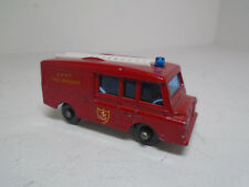 VINTAGE LESNEY MATCHBOX  NO.57C-2 LAND ROVER FIRE ENGINE  BPW EXCELLENT