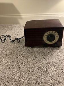 *Untested* Bakelite Philco Transitone Clock AM Tube Radio