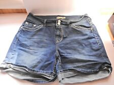Faded Glory Butterfly Embellished Cuffed Shorts Dark Wash Denim  EUC Curvy SZ16W