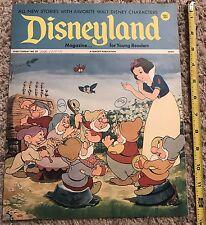 Disney - Vintage 1972 Disneyland Magazine September 19  No. 32