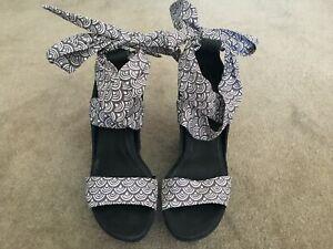 """Ugg"" Black/Grey/White Platform 9cm Wedge Sandal EU 36/AU 5"