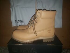 Timberland 6 Inch Premium Horween Leaher Nautral Size 11.5 Men's Boot DS
