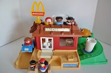 Vintage Fisher Price Little People McDonalds Restuarant #2552 with extras
