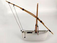 Maquette céramique porcelaine bateau barque voilier pêcheur pinasse voile